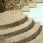 gradini circolari in cotto