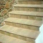 scale realizzate in cotto fatto a mano