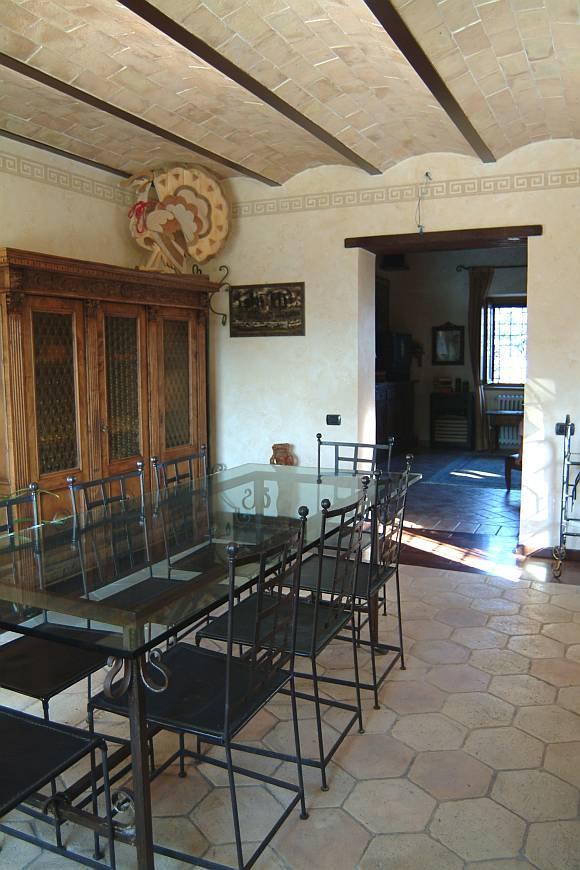 Pavimenti per interni in cotto fatto a mano cotto for Interni rustici